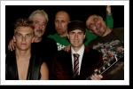 Januar 2009 aus Bloody Onion Dirty Blues & Rock wird Bloody Onion AC/DC Tribute Band